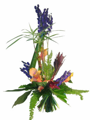bouquet linéaire  suivant le choix des fleurs et de la saison a partir de 60.00 €