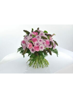 bouquet romantique traditionnel  a partir de 30.00 €